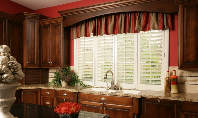 Sacramento kitchen shutter and cornice valance