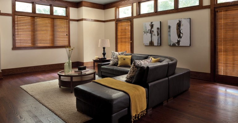 Sacramento hardwood floor and blinds