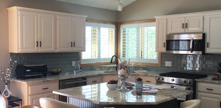 Sacramento kitchen with shutters and appliances