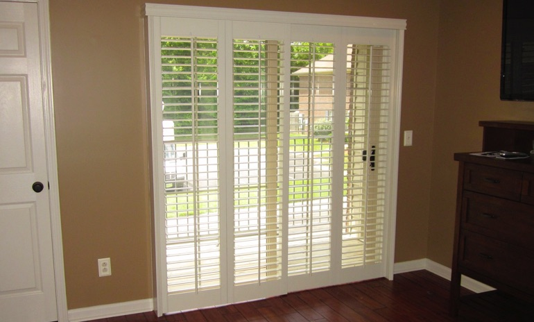 Sacramento sliding door bifold shutters in foyer