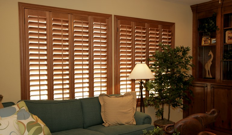 How To Clean Wood Shutters In Sacramento, CA
