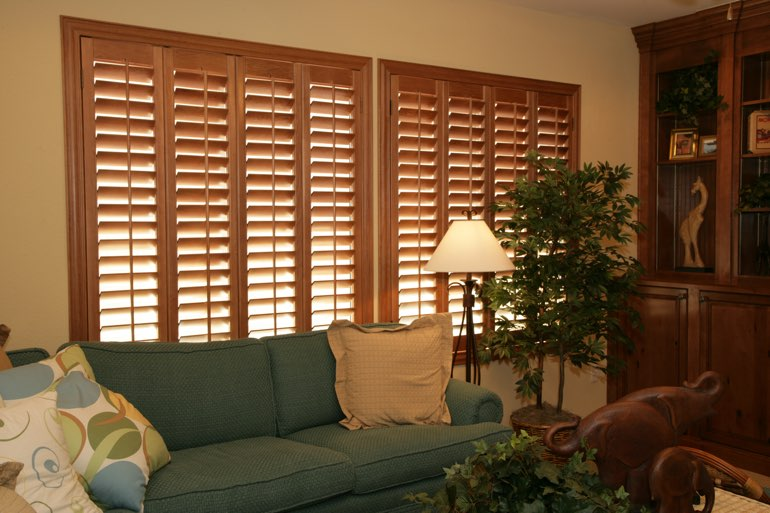 Ovation Shutters In A Sacramento Living Room.